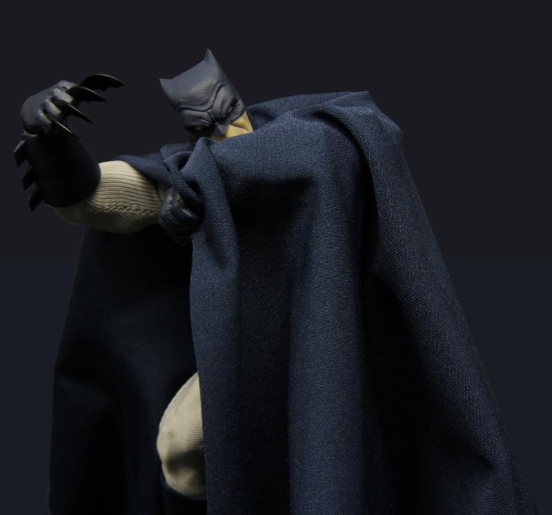 batman-mezco-4