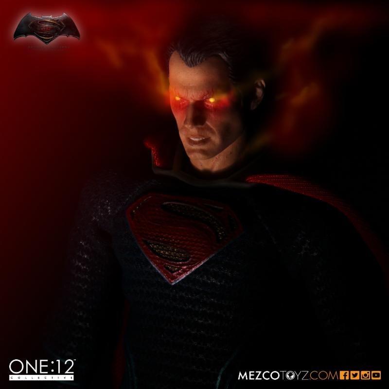 mezco-superman-2